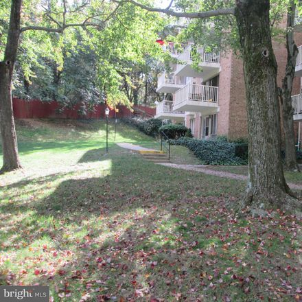Rent this 1 bed condo on 2523 Huntington Ave in Jefferson Manor, VA