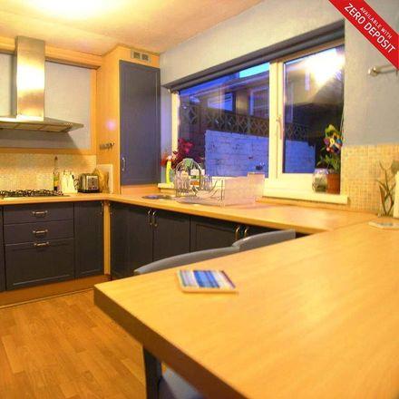 Rent this 3 bed house on Simonside View in Gateshead NE16 4AQ, United Kingdom