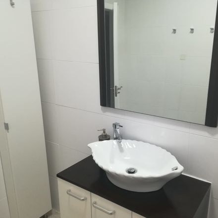 Rent this 4 bed room on Calle Puentedeume in 2, 30203 Cartagena