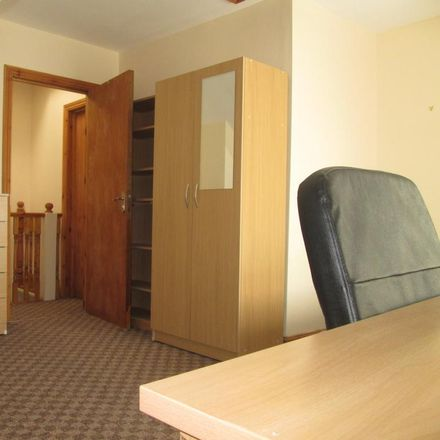 Rent this 1 bed room on Midland Smile Centres in 623 Bristol Road South, Birmingham B31 2JS