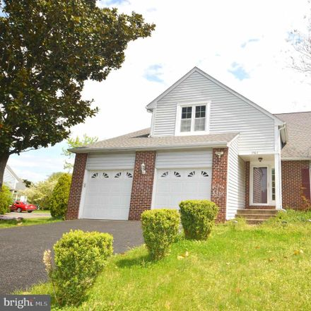 Rent this 4 bed house on Mockernut Ct in Herndon, VA