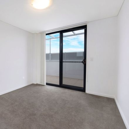 Rent this 2 bed apartment on 89/61 Queen Street