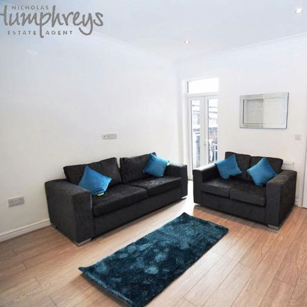 Rent this 10 bed room on Staffordshire University Stoke Campus in College Road, Stoke-on-Trent ST4 2EE
