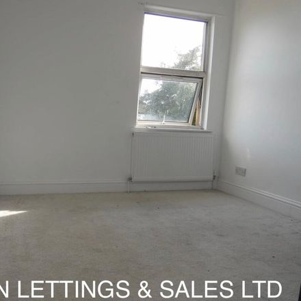 Rent this 2 bed apartment on 33 Lakehall Road in London CR7 7EJ, United Kingdom