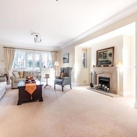 Rent this 5 bed house on Sheridan Grove in Sunningdale SL5 0BX, United Kingdom