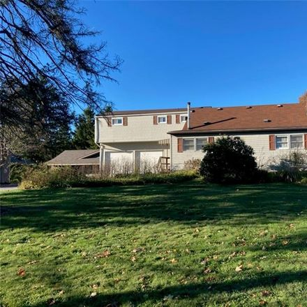 Rent this 5 bed house on Beaver Aly in Beaver Falls, PA