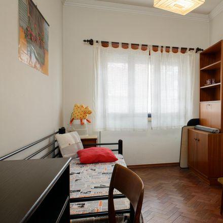 Rent this 3 bed room on Clube de Futebol Varejense in Avenida Afonso III 86, 1900-048 Lisbon