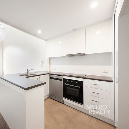 Rent this 1 bed apartment on 15/498 Bourke Street