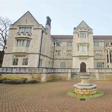 Rent this 2 bed apartment on Queensmere House in 16 Royal Close, London SW19 5PS