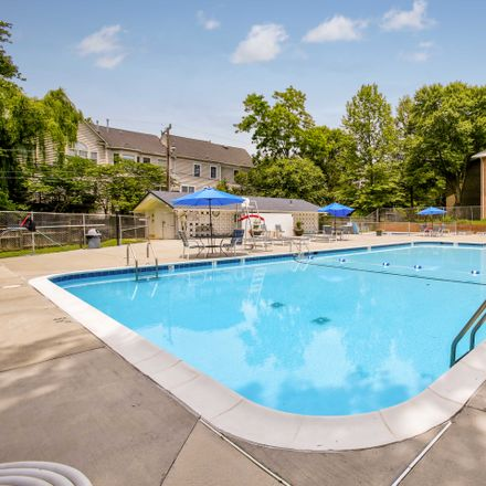 Rent this 3 bed apartment on Lee Square Apartments in Chanel Terrace, Falls Church