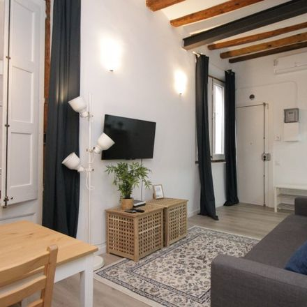 Rent this 2 bed apartment on Carrer dels Petons in 34-32, 08001 Barcelona