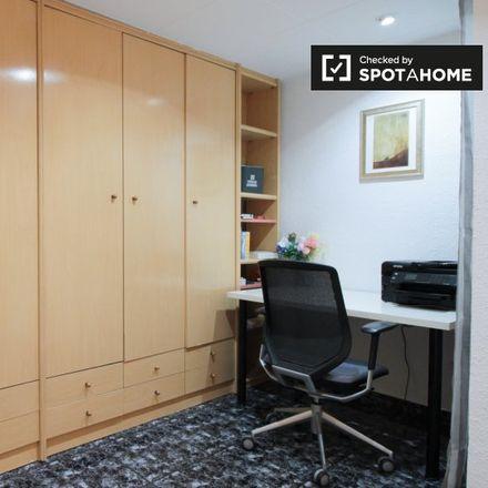 Rent this 2 bed apartment on Carrer d'Espronceda in 123, BARCELONA Barcelona