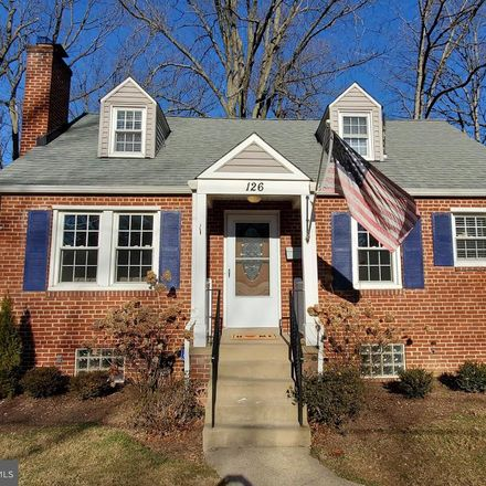 Rent this 3 bed house on Lynnmoor Drive in Silver Spring, MD 20901