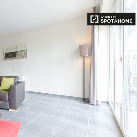 Rent this 1 bed apartment on Rue Scailquin - Scailquinstraat in 1210 Saint-Josse-ten-Noode - Sint-Joost-ten-Node, Belgium