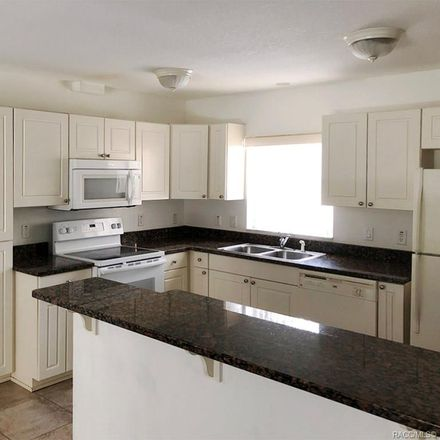 Rent this 3 bed condo on E Windmill Dr in Inverness, FL