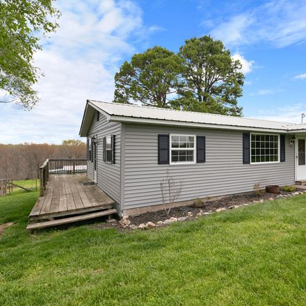 Rent this 3 bed house on Holt Woods Rd in Reeds Spring, MO