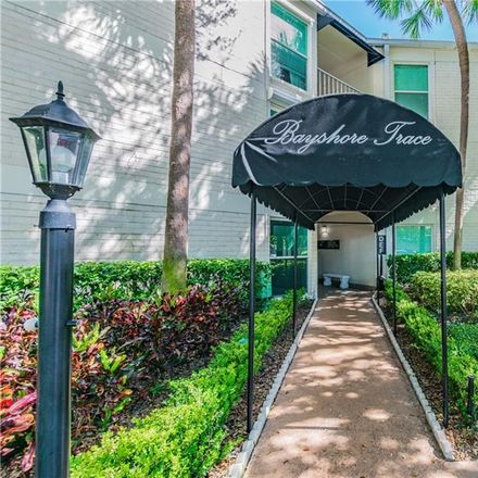 Rent this 2 bed condo on 3325 Bayshore Blvd in Tampa, FL