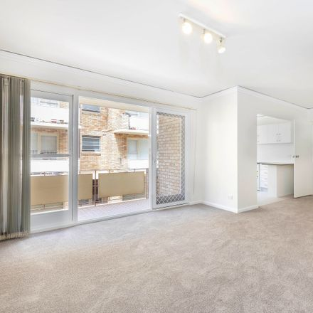 Rent this 2 bed apartment on 3/44 Morton Street
