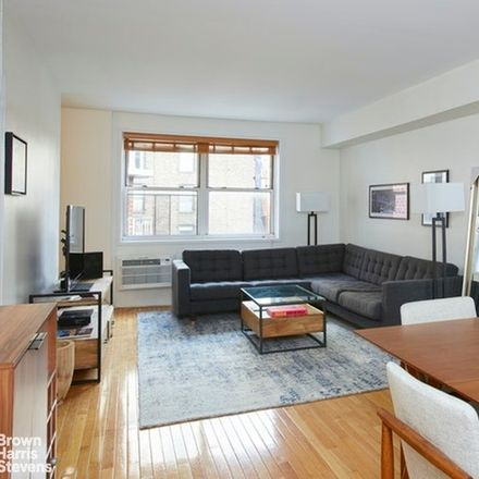 Rent this 1 bed condo on ViVi Bubble Tea in 170 West 23rd Street, New York