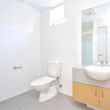 Rent this 2 bed apartment on 38/45 Rosanna Road