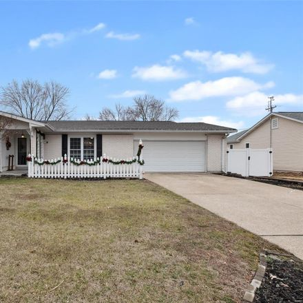 Rent this 3 bed house on 18 South Joyce Ellen Way in Saint Peters, MO 63376