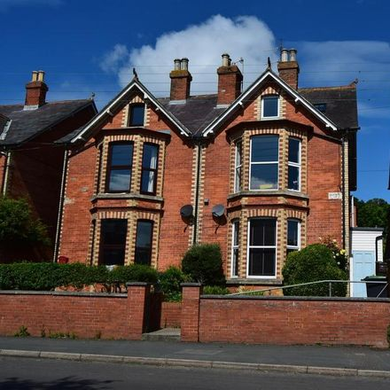Rent this 1 bed apartment on St Andrews Road in Bridport, DT6 3DS