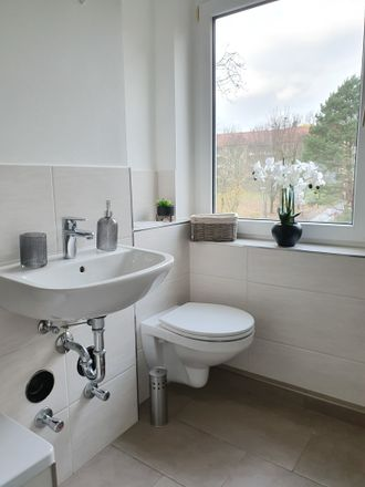 Rent this 3 bed apartment on Erich-Mühsam-Straße 4 in 07546 Gera, Germany