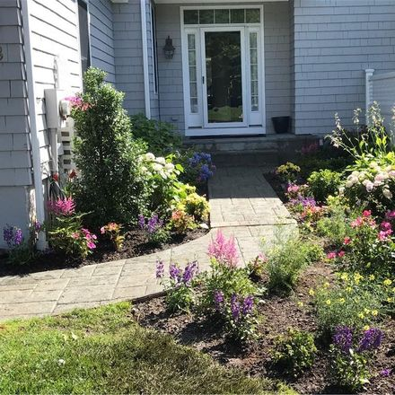 Rent this 3 bed house on 18 Brookview Drive in Mount Pleasant, NY 10570