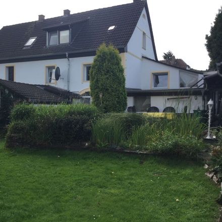 Rent this 3 bed house on St. Laurentius in August-Thyssen-Straße, 45481 Mülheim an der Ruhr