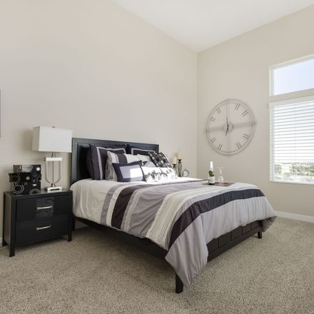 Rent this 3 bed apartment on Bangerter Highway in South Jordan, UT 84095