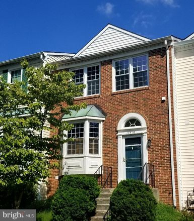 Rent this 4 bed townhouse on 13416 Elevation Ln in Herndon, VA