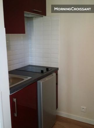 Rent this 1 bed apartment on 6 Rue des Cités in 93300 Aubervilliers, France
