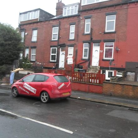 Rent this 3 bed house on Sandhurst Road in Leeds LS8 3QP, United Kingdom