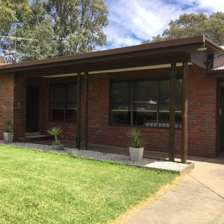 Rent this 3 bed house on 31 Williams Street