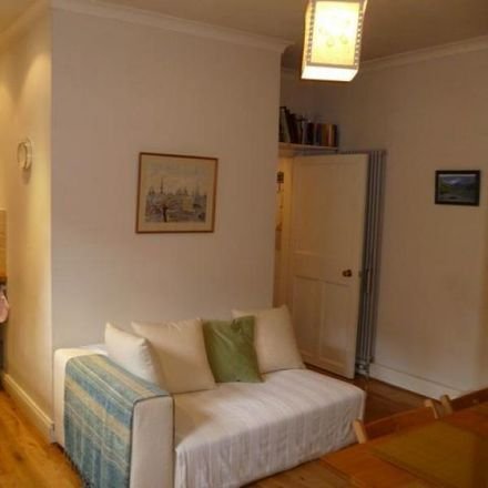 Rent this 1 bed apartment on 19 Well Court in Edinburgh EH4 3BE, United Kingdom