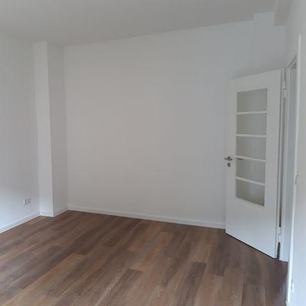 Rent this 2 bed apartment on Schlesische Straße 84 in 40231 Dusseldorf, Germany