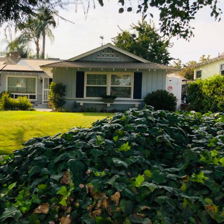 Rent this 3 bed house on 1804 Locust Ravine in East Bakersfield, CA 93306