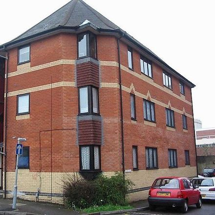 Rent this 1 bed apartment on Priors Court in Reading RG1 2PQ, United Kingdom