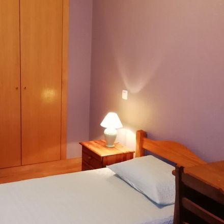 Rent this 2 bed apartment on Rua Bouça da Cavadinha in 4465-026 São Mamede de Infesta, Portugal