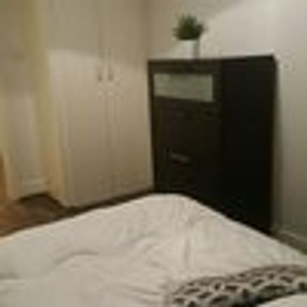 Rent this 2 bed room on L. Connaughton and Sons Limited in Grand Canal Quay, South Dock ED