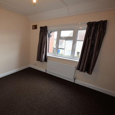 Rent this 3 bed house on 5 East Terrace in Ryedale YO62 7RT, United Kingdom