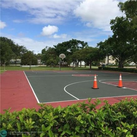 Rent this 1 bed condo on 2153 Southeast 6th Street in Pompano Beach, FL 33062