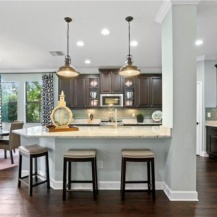 Rent this 5 bed loft on S Valrico Rd in Bloomingdale, FL