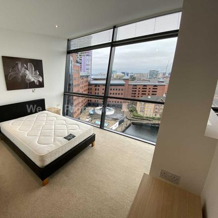 Rent this 3 bed apartment on Millennium Point in 253 The Quays, Salford M50 3SE