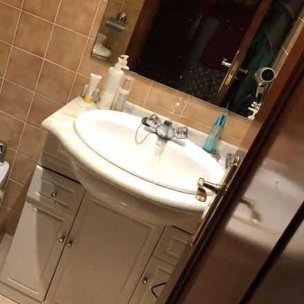 Rent this 1 bed room on Colegio La Salle-Sagrado Corazón in Avenida del Cardenal Herrera Oria, 242