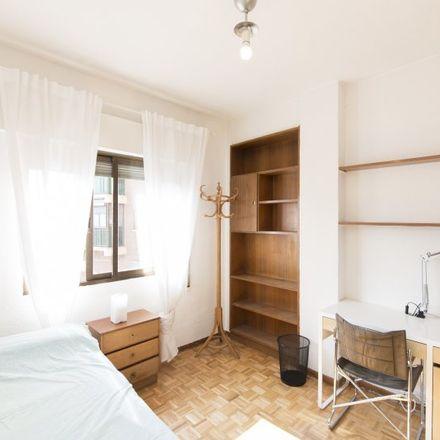 Rent this 4 bed apartment on Polideportivo Los Cedros in Calle de Ignacio Ellacuría, 28001 Madrid