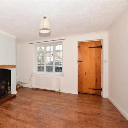 Rent this 2 bed house on The Limes in Kingsnorth Road, Kingsnorth TN23 6LU