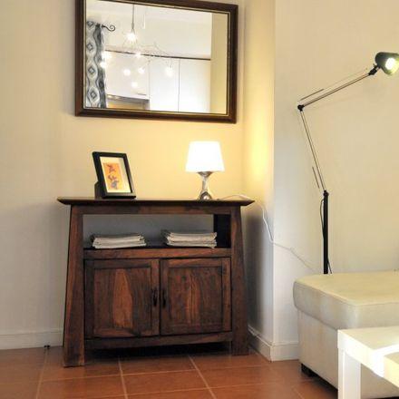 Rent this 1 bed apartment on Travessa António Correia in 2825-336 Costa da Caparica, Portugal