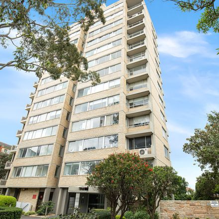 Rent this 2 bed apartment on 17/20 Gerard Street