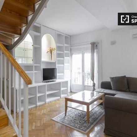 Rent this 1 bed apartment on Calle de Lavapiés in 28001 Madrid, Spain